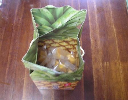 一口鳳梨酥/パイナップルケーキ
